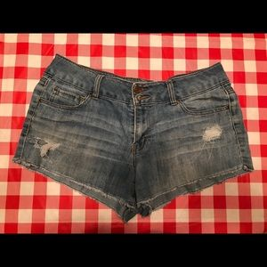 Refuge jean shorts size 10 blue